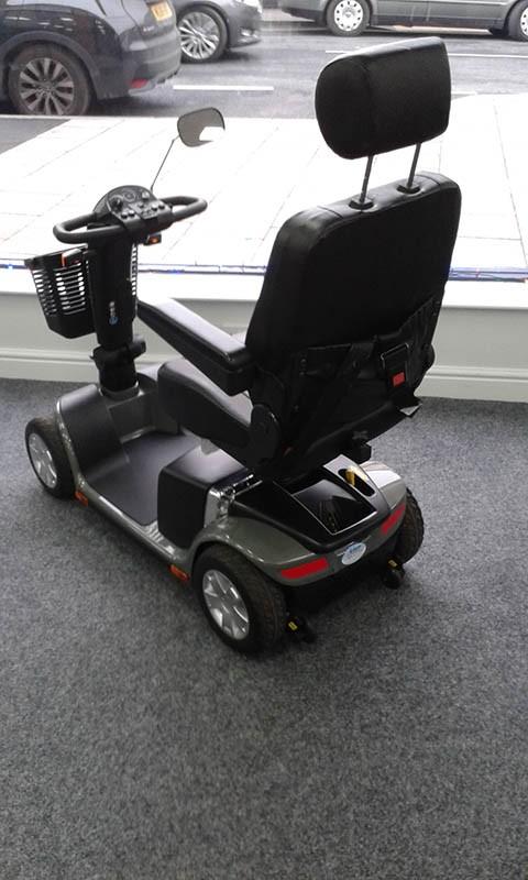 Pride Go Deluxe Scooter