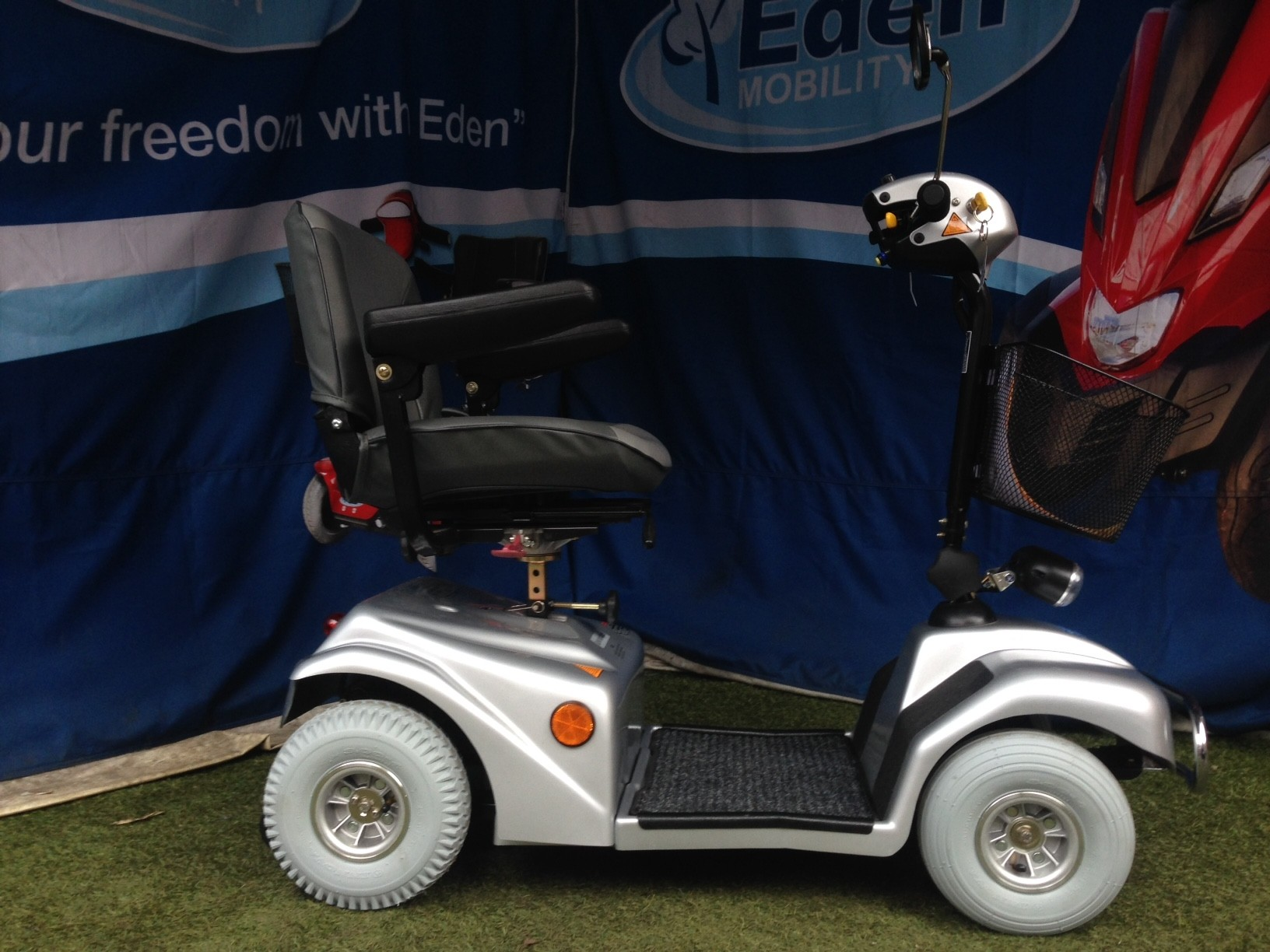 Electric Mobility Rascal 388 Silver