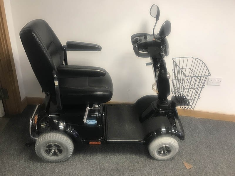 Electric Mobility Rascal Frontier Black