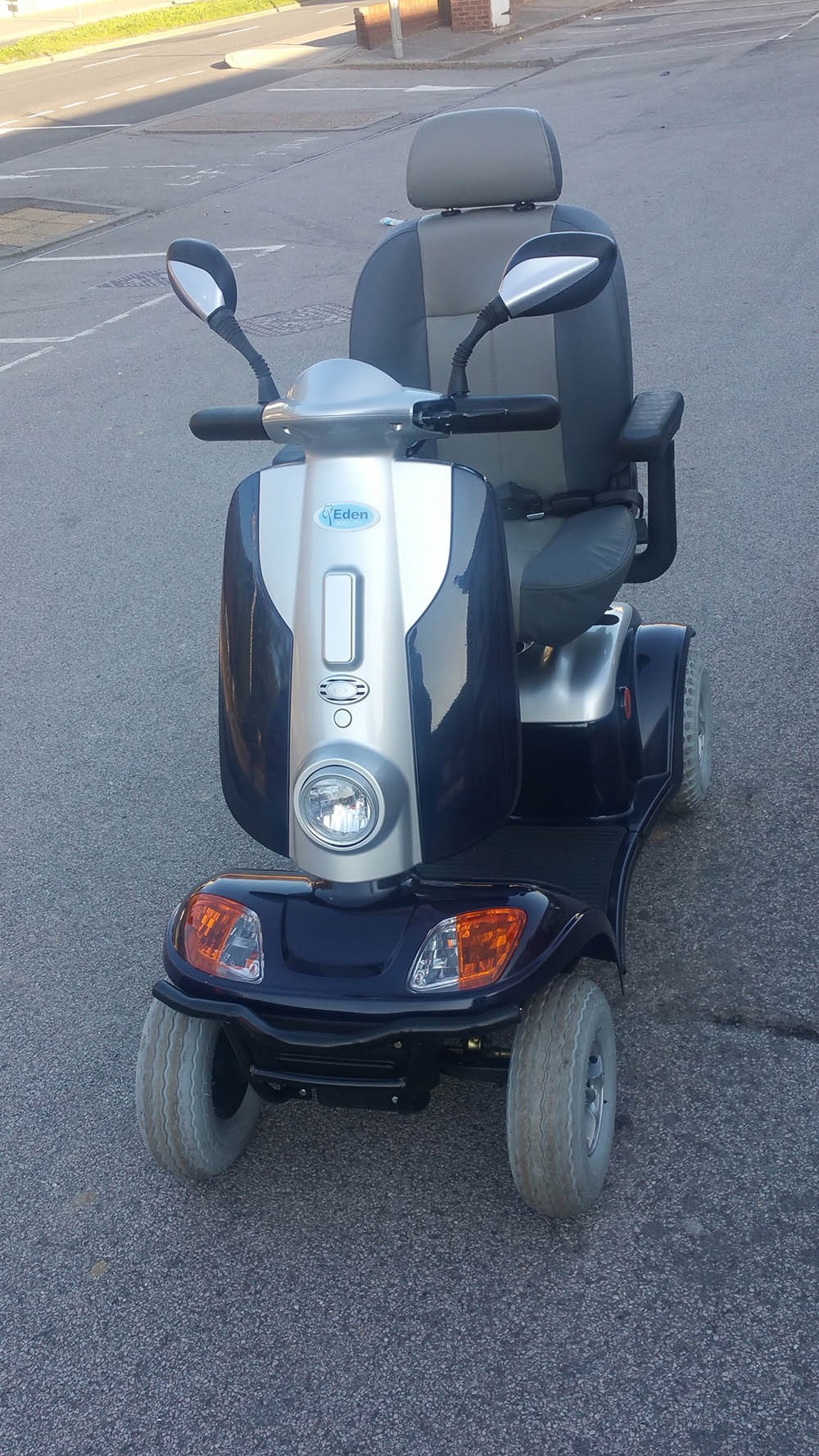 Kymco Maxi XLS Blue And Silver