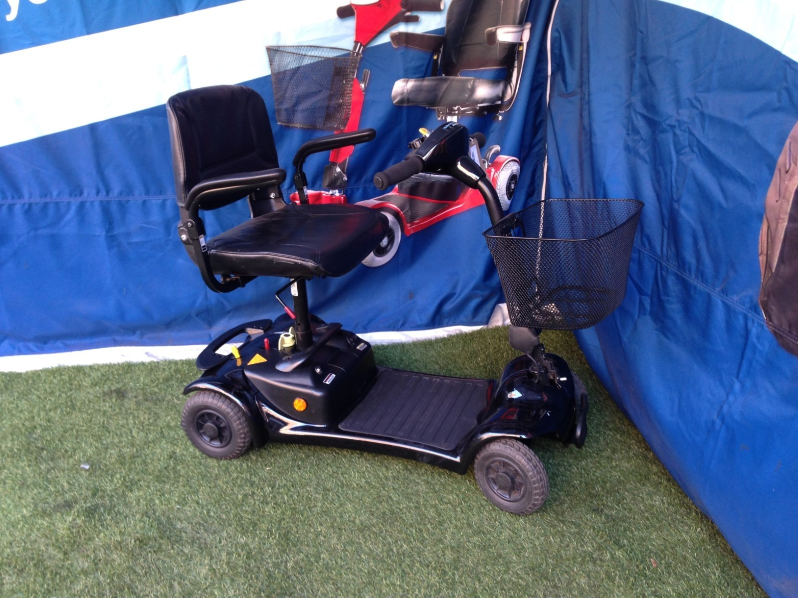 Electric Mobility Ultralite 480 Red